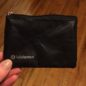 Lululemon card holder